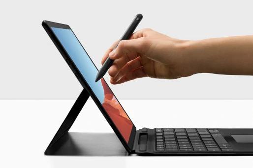 کیبورد signature و قلم Slim مناسب برای سرفیس پرو ایکس